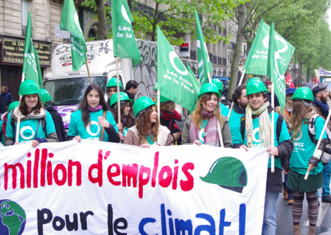 FoE France - 1 million jobs for the climate