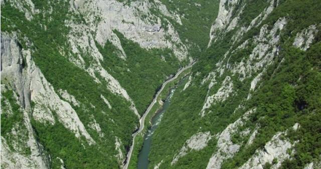 Vrbas canyon (c) ETNAR